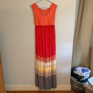 Liz Lange Maternity Maxi in Coral and Red